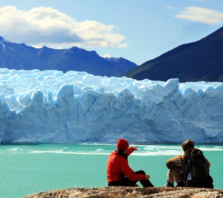 Couple looking out over Perito Moreno Glacier