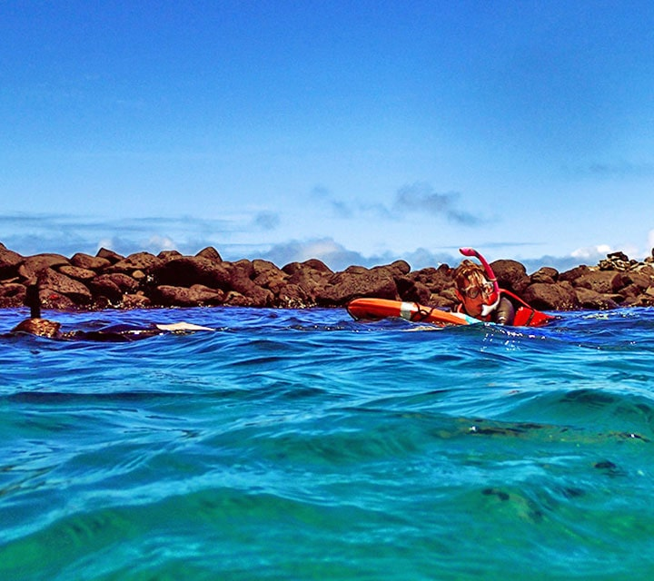 May sees warm ocean temperatures, great for swimming and snorkeling throughout the archipelago