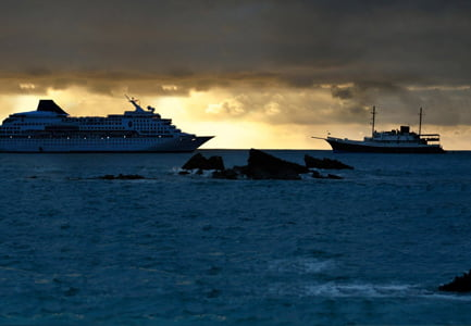 Small Ship vs Large Ship in the Galapagos