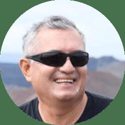 Galapagos Naturalist Guide: Bolivar Sanchez