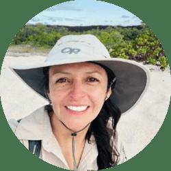 Galapagos Naturalist Guide: Cristina Rivadeneira